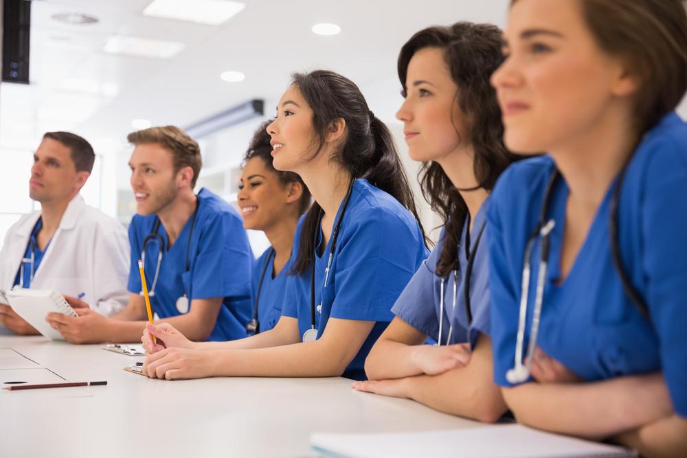 A equipe de enfermagem pode obter laudos de exames mais rapidamente com a ajuda da telemedicina.
